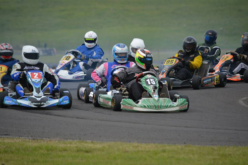 Andrew Hayes (15) leads Restricted Super Heavy to a start, Peter Sloan (2) alongside