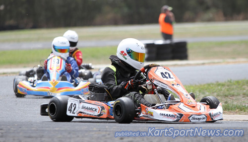 Jay Coul (#42) , Henry Johnstone (#93) and Jason Bowyer (#73)  would finish 3,1,2 in the final of KA3 Junior