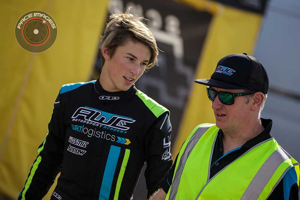 Lochie Dalton with AWCMA Race Director Johnathan Males