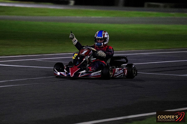 Costa Toparis crosses the line for Mini MAX victory (pic - Coopers Photography)